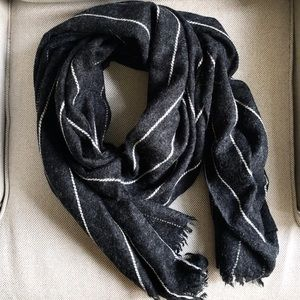 Saks Fifth Avenue Scarf